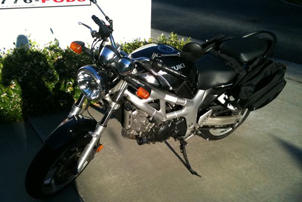 2002 black Suzuki SV650